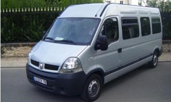 Location minibus économique 15 places avec remorque